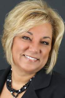 Linda Stanley: Broker at Peoples Mortgage